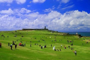 Blog Kite flying at El Morro Esplanade -Pinterest